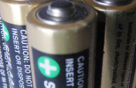 教你正确使用万用表测试可充电电池