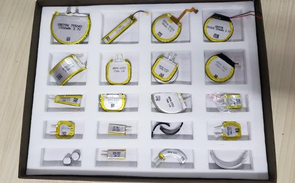 各种形状的锂电池