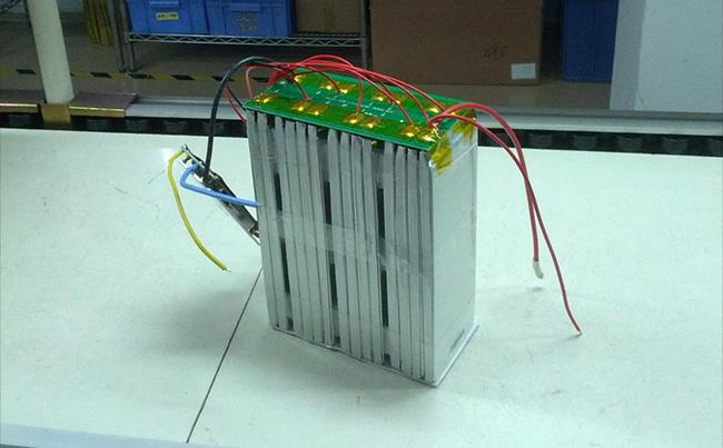 锂离子电池充电线路设计
