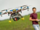 无人机已进军电影市场,不仅仅只是能航拍的了!